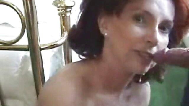 Gonflé de pompe filme xxl video gratis et baisé dans le cul.