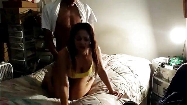 Jada Stevens se fait baiser par filmulete porno gratis hd une grosse bite.