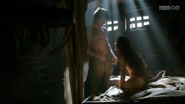 Enfoncer film porno gratuit en hd dans le cul avec deux.