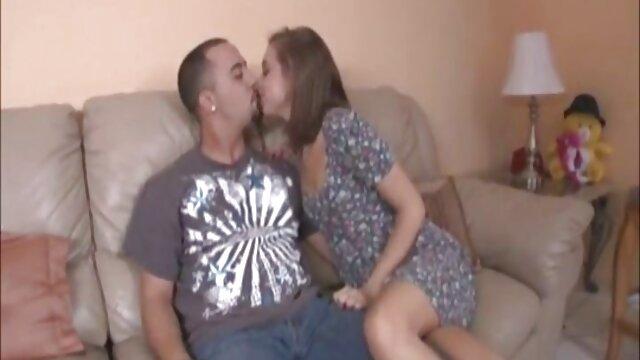 Sexe avec une belle fille en freaks. anal hd gratuit