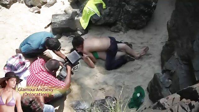 Une femme chinoise a des relations sexuelles film x gratuit en hd avec un anglais.