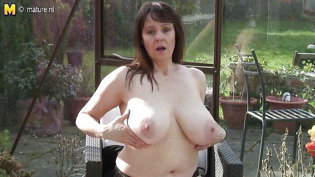 Courtney film porno xxl hd Cumms triche.